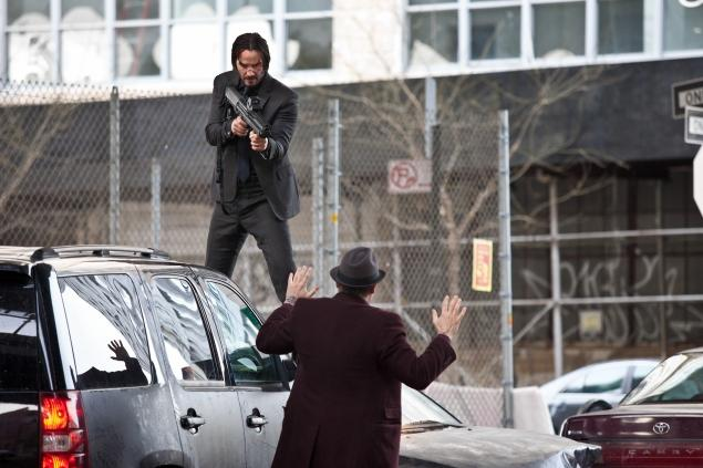 KEANU REEVES TERRORIZES NYC AS JOHN WICK!